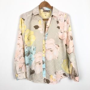 Chicos Floral Button Down Collared Pastel Blouse